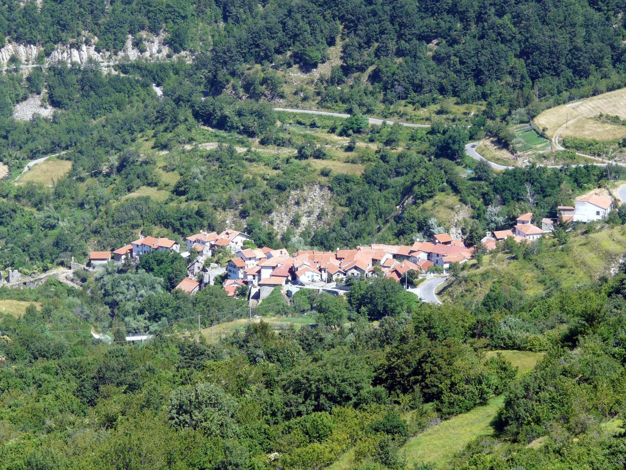 Connio_(Carrega_Ligure)-panorama_dal_castello