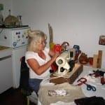 Болногледачки в Германия: Страшно е – за 1900 евро обслужваме като роботи по 12-13 лежащо болни