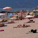 Хотелиери плачат за български туристи по морето