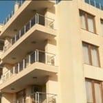 """""""Прелестите"""" на ол инклузива в тризвезден хотел в Черноморец: Сервират нахапани кюфтета, възглавниците са в кръв (СНИМКИ)"""