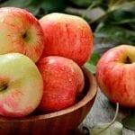 Ябълката подмладява – яжте я с кората