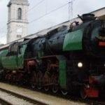 Пътешествие с Царския влак през Розовата долина води туристите към Баня
