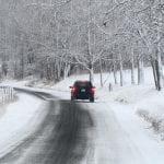 БЕЗЦЕННО! Всеки шофьор трябва да знае тези трикове за каране в снега, спасяват живот! /Видео/