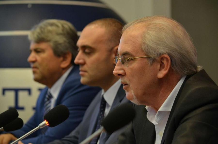 Под носа на държавата партията на Местан отваря офиси в цялата страна с пари от чужбина