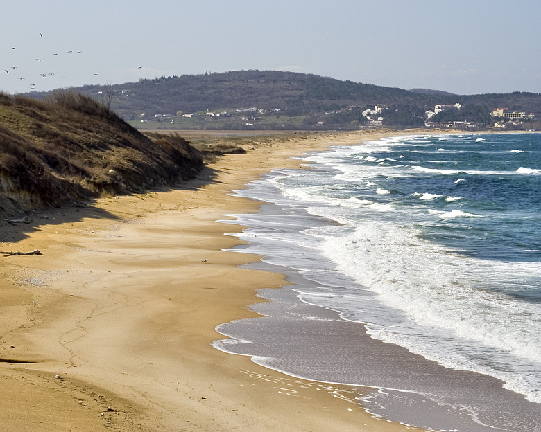 85% от българите не искат повече строежи по морето