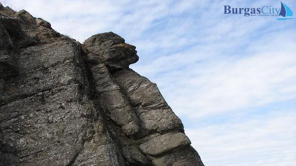 Българският сфинкс на брега на Черно море (СНИМКИ)