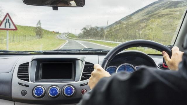 Съвети за покупка на кола втора употреба в Англия