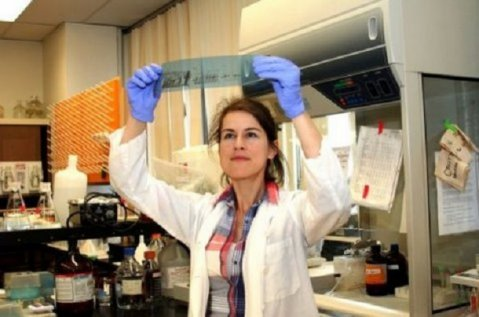 Лекарка по молекулярна биохимия: Никога не биха ваксинирала децата!