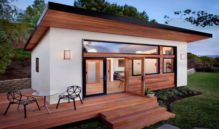 Тази малка къща е победител в конкурс-Едва 25 м2 и определено е пример за компактен живот: интериорът е перфектен