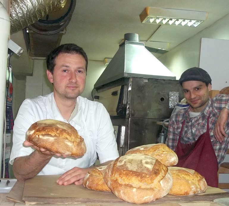Пекарят Богдан Богданов опази тайната на дивата мая