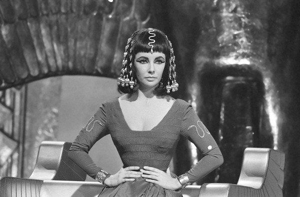 Elizabeth-Taylor-as-Cleopatra_2-1