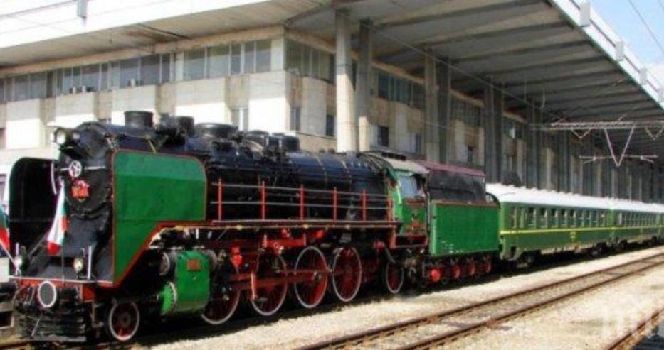 БДЖ пуска за атракционно пътуване на Гергьовден парният локомотив на Борис Трети