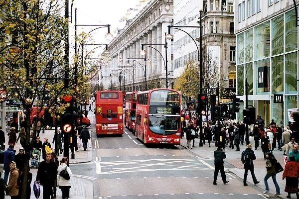Прогноза: 1/2 от квалифицираните граждани ще напуснат Великобритания след Брекзит