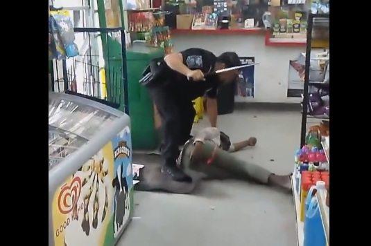 Пак полицейска бруталност: Полицай преби жестоко бездомничка, просела
