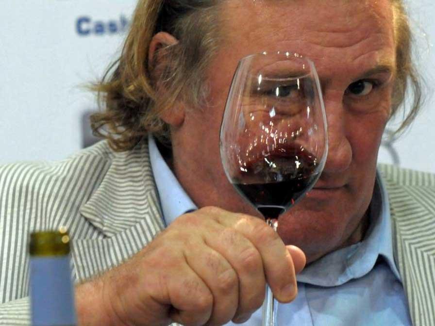 Жерар Депардийо: Франция е населена с идиоти, които правят вино и миризливо сирене