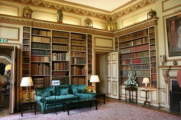 100 книги, които трябва да бъдат в библиотеката на всеки образован човек