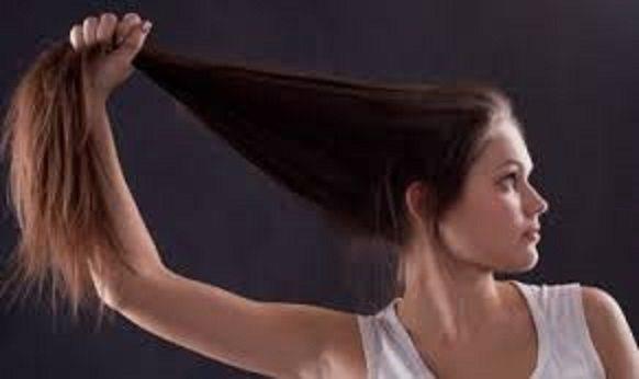 Косата ми падаше много! Ето това ми помогна да и е направи гъста и здрава! (РЕЦЕПТА)