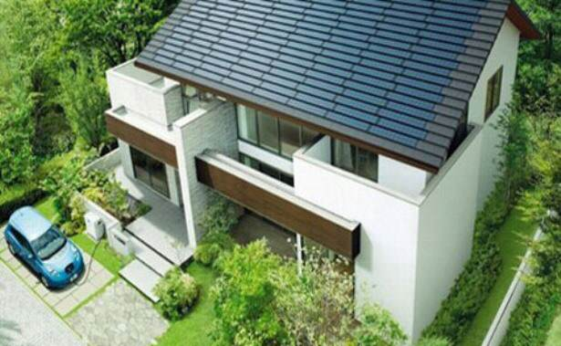 С електро кола, соларен покрив и батерия изместваме големите електроцентрали
