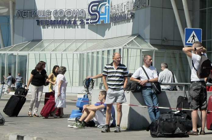 Великобритания предупреди българите и останалите граждани от ЕС да си ходят по родните държави