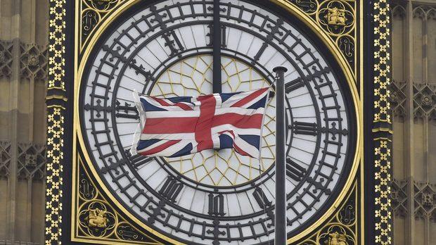 Българите във Великобритания са 86 хил. и изкарват средно по 8.33 паунда на час