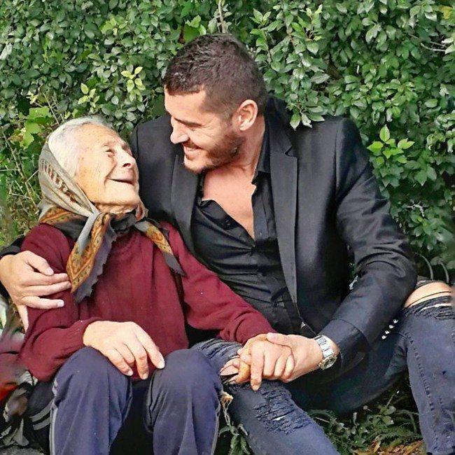 Чуждоземецът, който спасява нуждаещи се българи