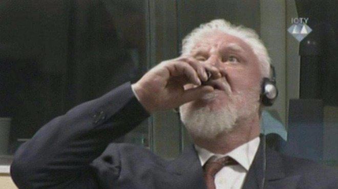 Хърватски генерал се самоуби, изпи чаша с отрова на заседание на Трибунала в Хага (ВИДЕО)