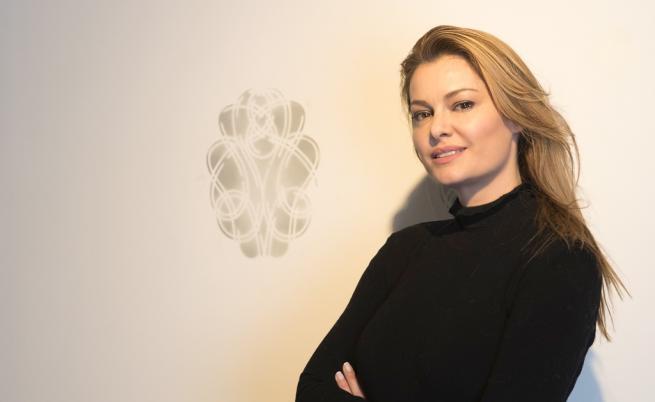 Българка работи с най-големите колекционери в света
